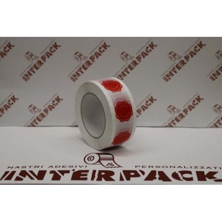 Nastro Acrilico Bianco Silenzioso 28 My H. 50 Mm X 132 Con Stampa Interna Logo Sigillo Di Garanzia Colore Rosso